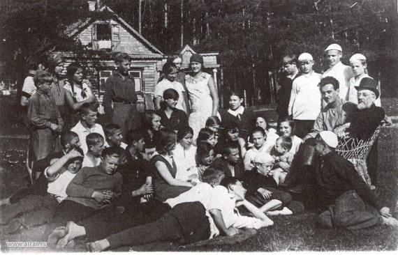 Циолковский и дети